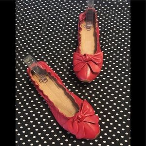 Indigo by Clarks Red Ballet Flats Bow 7 Shoes EUC